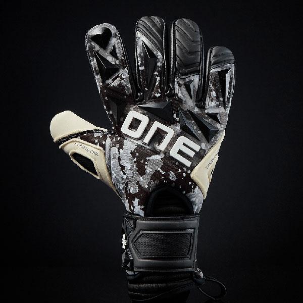 One Glove Goalkeeper SLYR Blade NGT