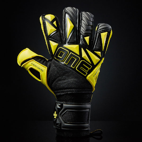 One Glove Goalkeeper SLYR Hyper YLW