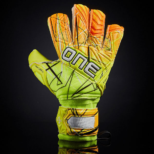One Glove Goalkeeper SLYR LTX Spark