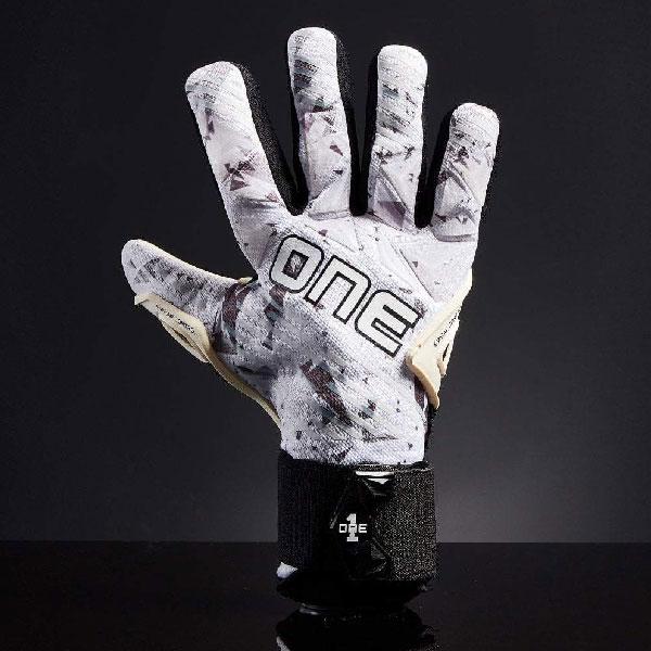 One Glove Goalkeeper SLYR Lite ArcWolf